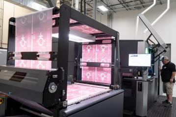 Digital flexible packaging printing at ePac.