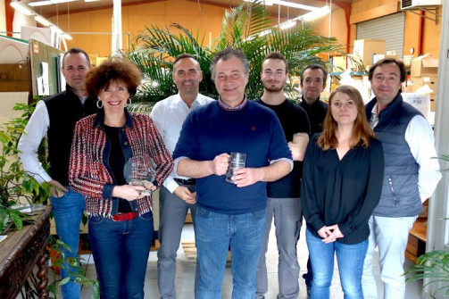 The Mark Andy team congratulates the Colorado team on being the first in Europe to install an Evolution press.