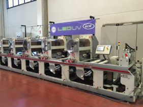 A flexo press outfitted with Air Motion Systems LED UV curing technology.