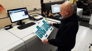 Larry Lange, press operator at McBattas Packaging and Printing, runs the Canon imagePRESS C10000VP.