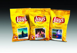 Lays summer moments digital packaging